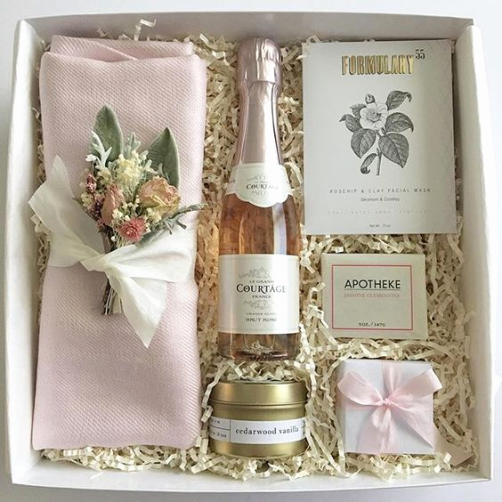 Bridesmaid Invitation Box Ideas Awesome Unique Bridesmaid Gifts to Show Your Bffs How Much You Care