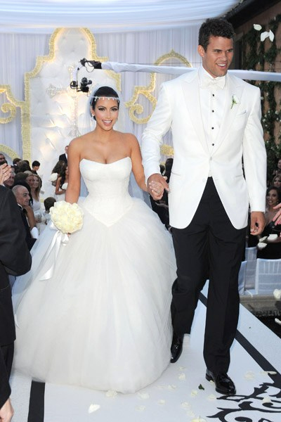 Kim Kardashian Wedding Invitation Luxury Faked Scenes Lies and Payoffs What S Real and What S
