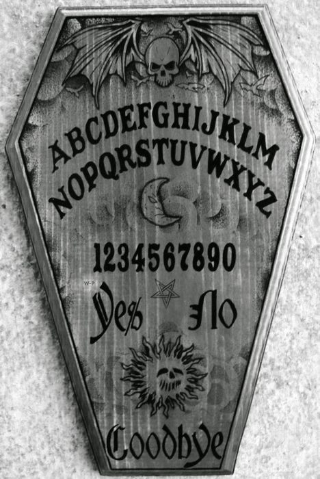 Ouija Board Invitation Template Awesome 1000 Images About Séances & Ouija On Pinterest