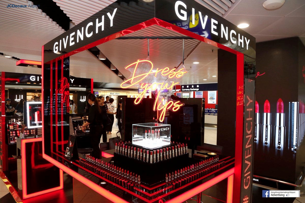 """Pop Up Shop Invitation Inspirational Jcdecaux Airport Hk On Twitter """"givenchy's Pop Up Store"""