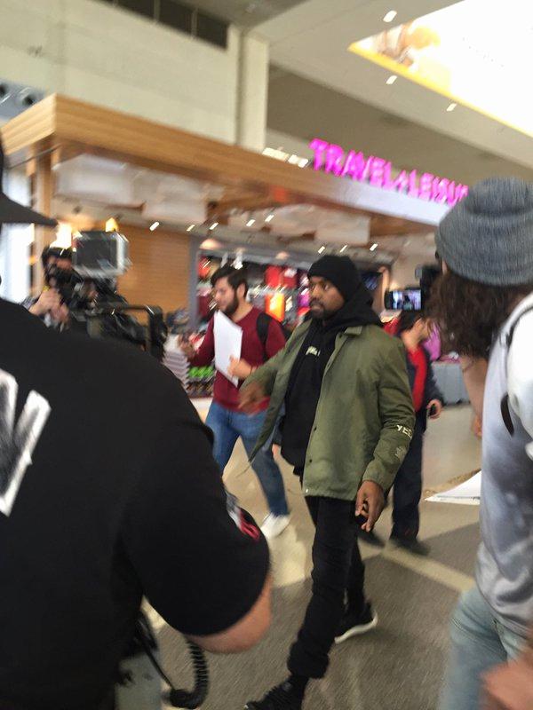 Yeezy Invitation 3 Windbreaker Beautiful Kanye West Spotted In Yeezy Season 3 Invitation Jacket and